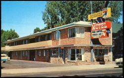 1950s motel photo
